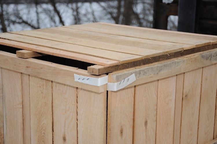 Nylon Strap Corner Crate